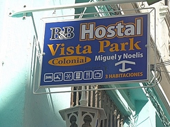 hostalpark@yahoo.com http://hostalvistapark-cuba.com +53 42 219727 Móvil: +53 52768141 SMS Hostal Vista Park, Santa Clara Cuba, Bed and Breakfast, Hostel and Accommodation